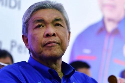 Zahid sembang kencang, tak berani bawa keluar Umno dari PN