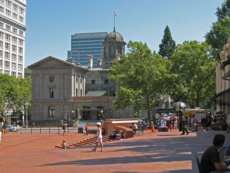 Portland Oregon Tourist Information and Travel Guide