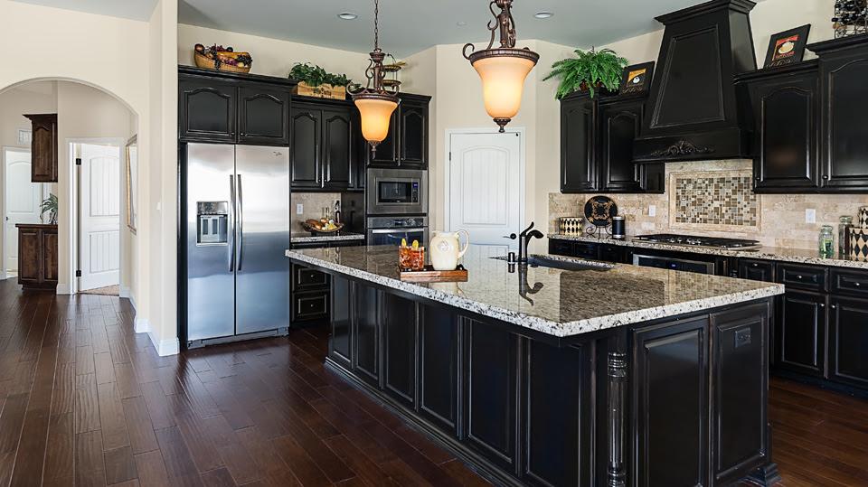 Kitchen: model home kitchens Model Home Kitchen Interior ...