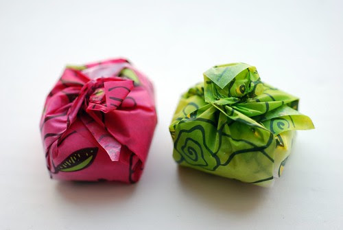 Flower paper mochi