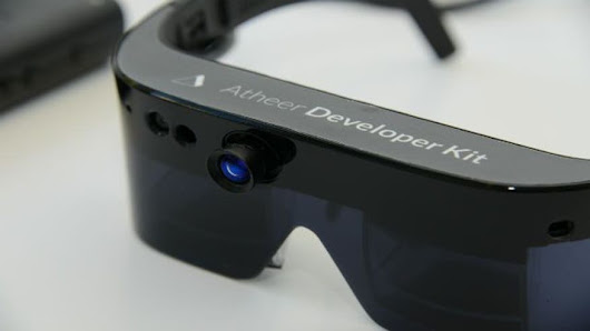 3-D glasses offer hands-free computing for doctors