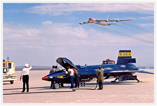 http://airpigz.com/blog/2013/11/29/coolpix-the-amazing-days-of-the-x-15-post-flight-b-52-fly-ov.html