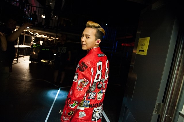 [PHOTOS] BTS of G-Dragon's One Of A Kind Concert! (130613)