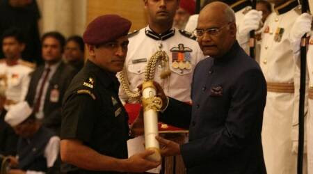 MS Dhoni, folk artist Sharda Sinha, actor Manoj Joshi presented Padma awards