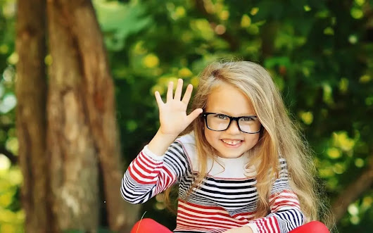 Does Your Child Need Glasses? 9 Ways You Can Tell | All About Eyes