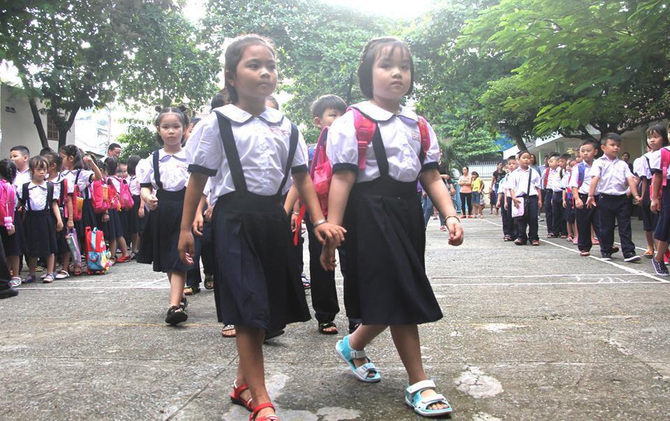 tựu trường, khai giảng năm học mới