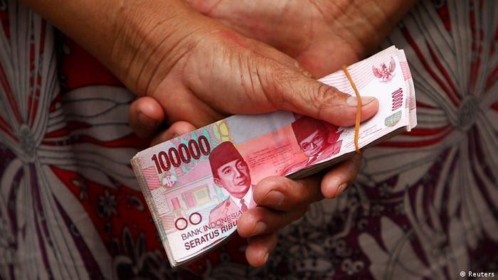 Indonesien Wirtschaft Banknoten Geldscheine (Reuters)