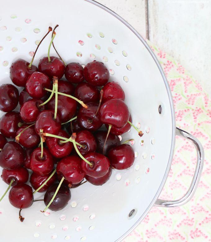 cherry, rolls, hefeschnecken