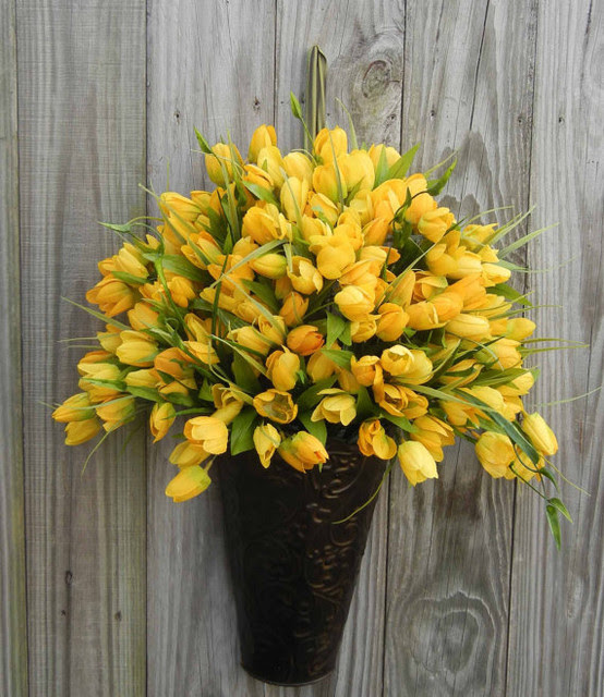 Spring Wreath Alternative, Yellow Tulip by Forevermore ...