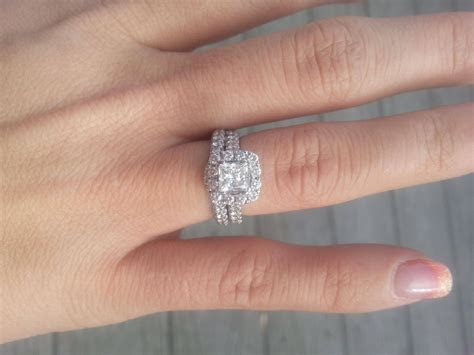 2019 Popular Wedding Bands To Go With Princess Cut