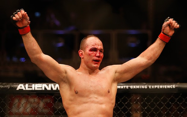 UFC Phoenix, Stipe Miocic e Cigano Junior dos Santos  (Foto: Getty Images Sport)