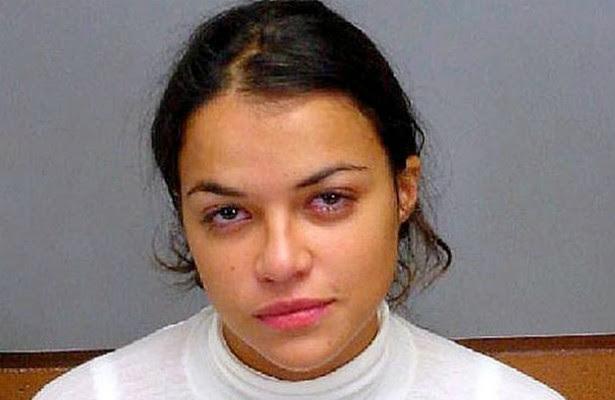 A estrela da franquia 'Velozes e Furiosos' Michelle Rodriguez já passou várias vezes pela prisão ao longo da década passada. Acusações: dirigir sob efeito de álcool e/ou outras drogas, dirigir com a carteira suspensa e violar os termos da liberdade condicional. (Foto: Divulgação)