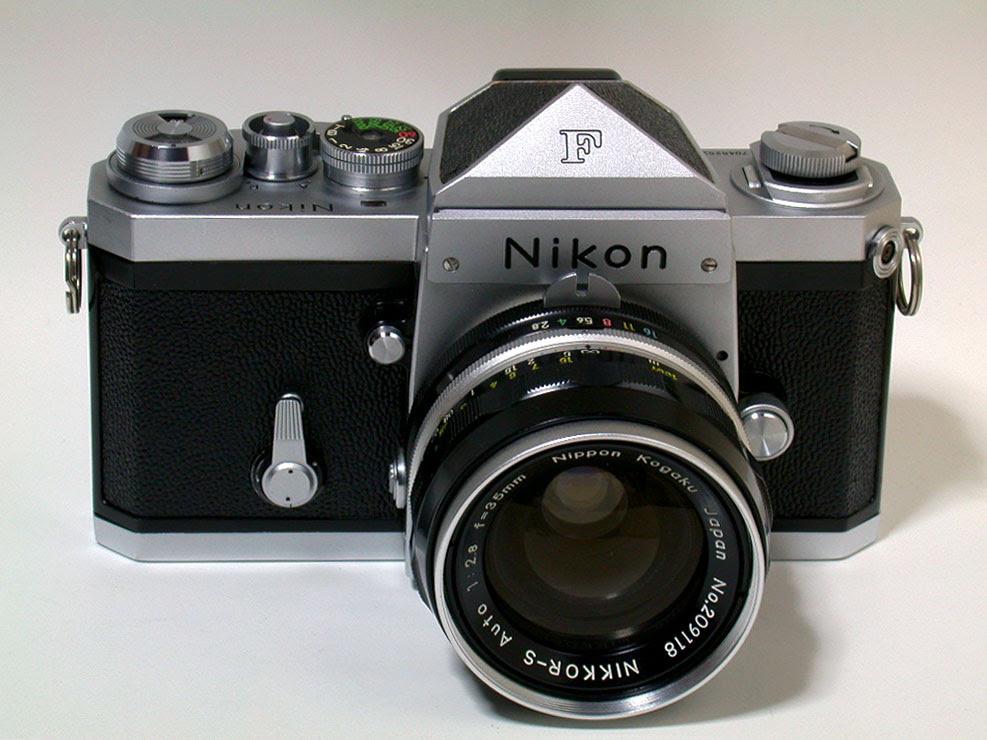 Nikon F, 1959