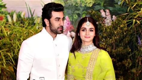Alia Bhatt With Ranbir Kapoor At Sonam Kapoor Wedding