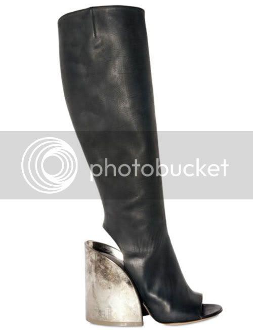 boots,metal,peep toe