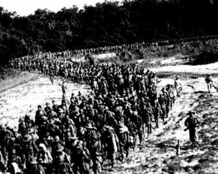 Hơn 11.000 lính Pháp đã bị bắt làm tù binh trong trận Điện Biên Phủ
