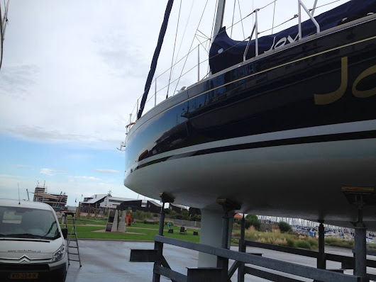 YachtcleanerY - Professional Boat and Yacht Cleaning