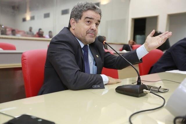 TRE manda Assembleia Legislativa afastar Aélcio da TV e empossar Ribamar Araújo