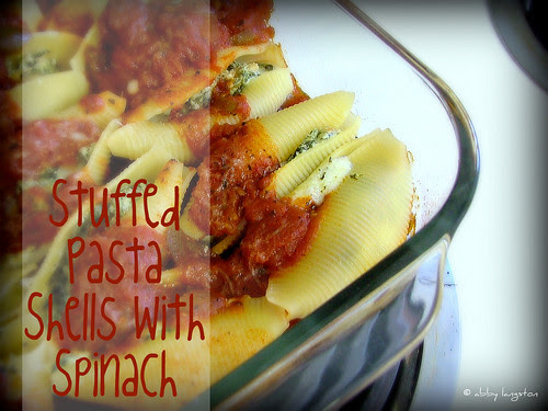 Stuffed Pasta Shells with Spinach