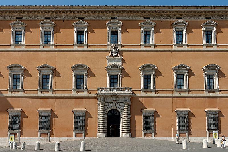 File:Western facade Palazzo del Laterano 2006-09-07.jpg