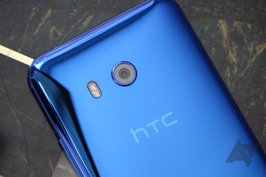Google reportedly close to acquiring HTC's smartphone business