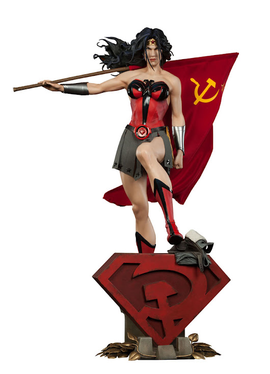 Statuette DC Comics Premium Format Wonder Woman Red Son 56cm