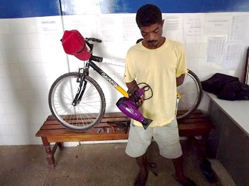 Ubatã: Homem é preso após arrombar e furtar várias residências