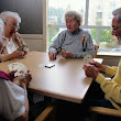 Busy Minds May Be Better at Fighting Dementia: MedlinePlus Health News