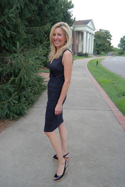 Summer Wedding Dress Codes: Smart Casual   fashion for