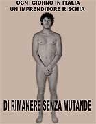 Enrico Frare copra una pagina del «Corriere» e si spoglia per protesta