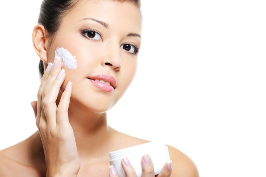 Skin Care Services and Simple Steps Can Help Solve Your Acne Woes