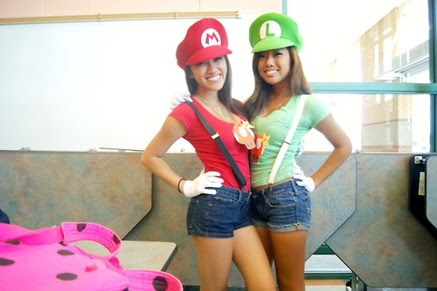 Cute Twin Day Outfits