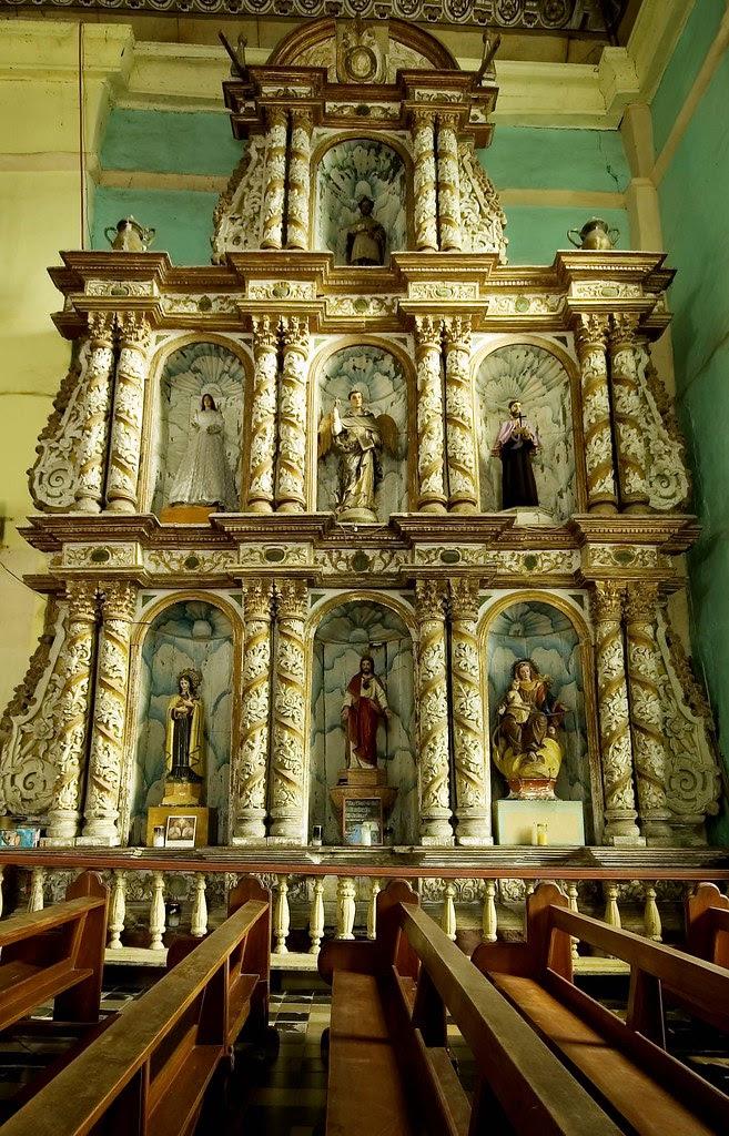 loboc side altar