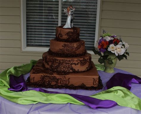 Henna Design Wedding Cake Done In Chocolate Buttercream 18
