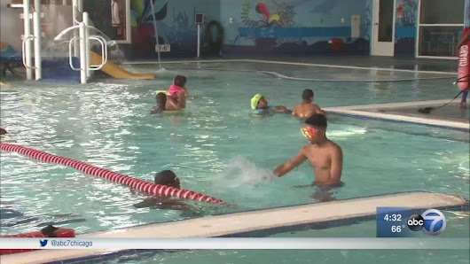 Chicago swim lessons aim to increase water safety |