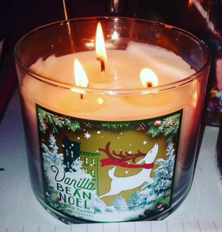 Bath & Body Works Vanilla Bean Noel Candle Review - Candle ...