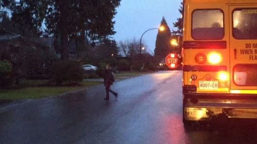 Tougher penalties coming for B.C. drivers who ignore school bus lights