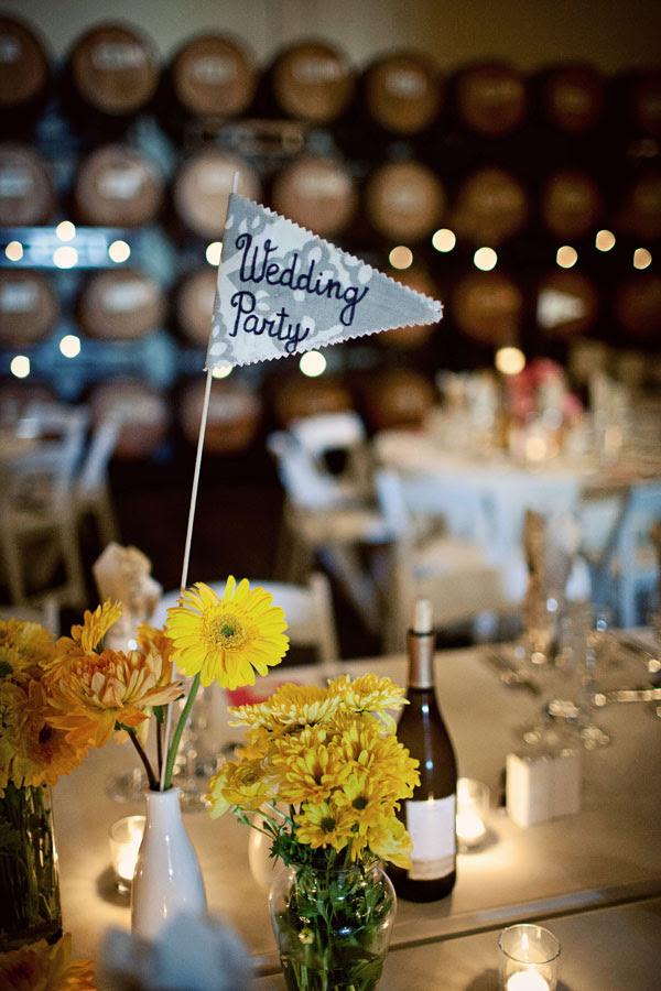 wedding centerpieces black yellow