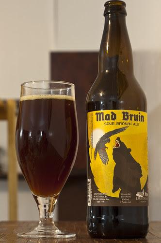 Review: Driftwood Mad Bruin Sour Brown Ale by Cody La Bière