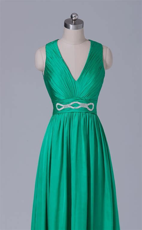 Emerald Green Chiffon V Neck Long Bridesmaid Dress BD