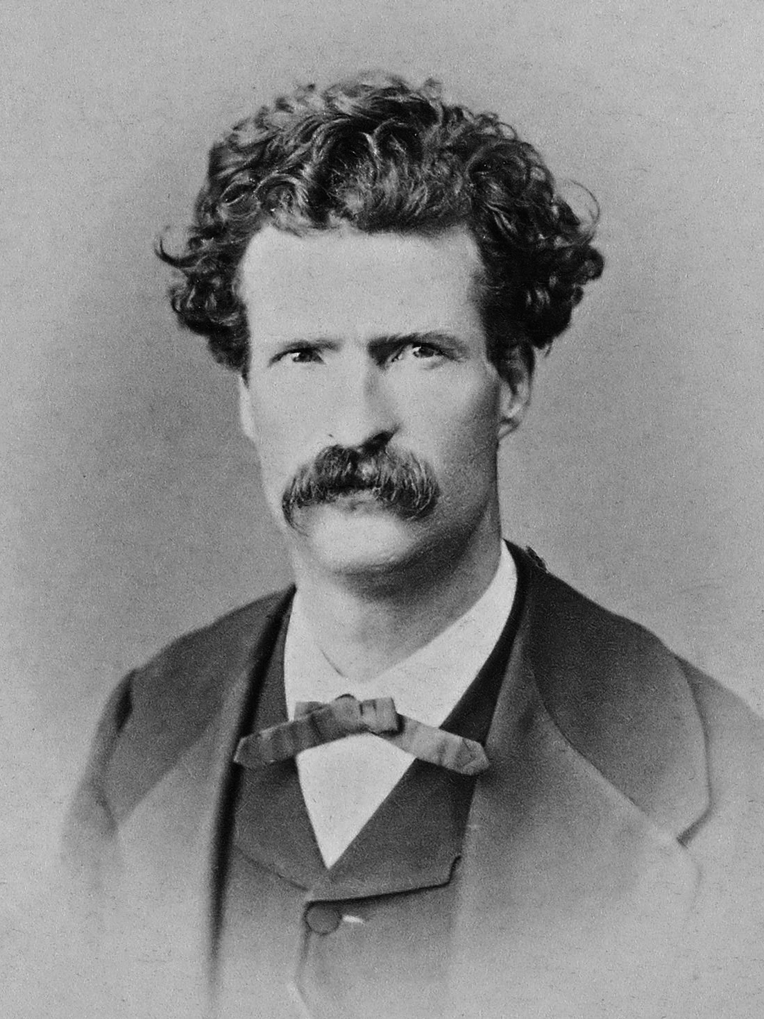 Photograph of Mark Twain as a young man
