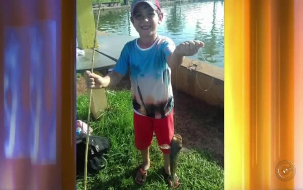 Menino de 6 anos morreu depois de ser atingido por tiro (Foto: Reprodução/TV Tem)