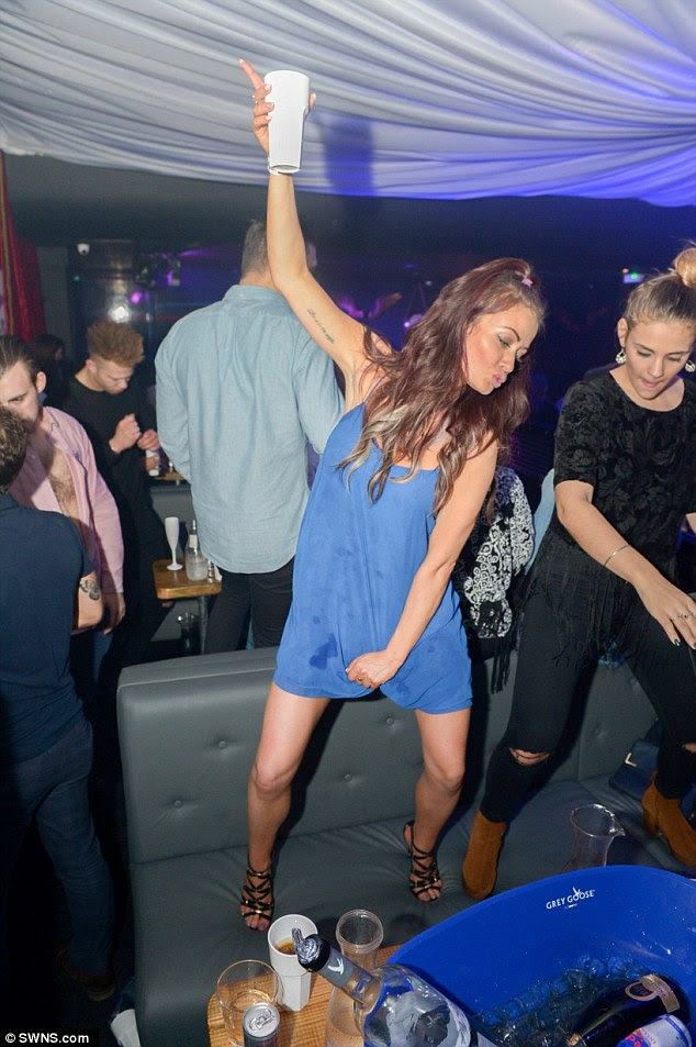 Jess Impiazzi enjoyed a wild night out on Friday at theHydeout in Watford