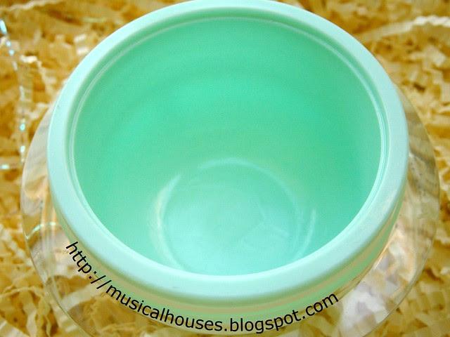 Cellnique DSensi Calming & Hydrating Cream Pot
