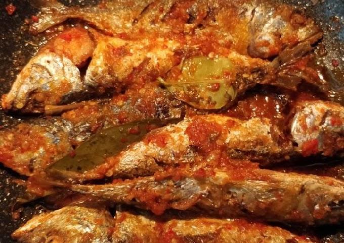 Resep Ikan kembung balado Anti Gagal