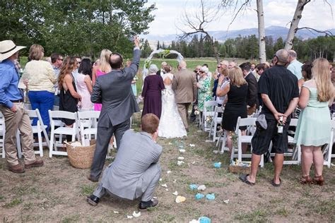 23 Wedding Photos Ruined by Camera Phones. Go Unplugged!