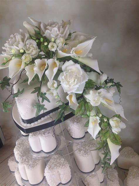 Mini Hearts wedding cake with sugar flower buquet   Mel's