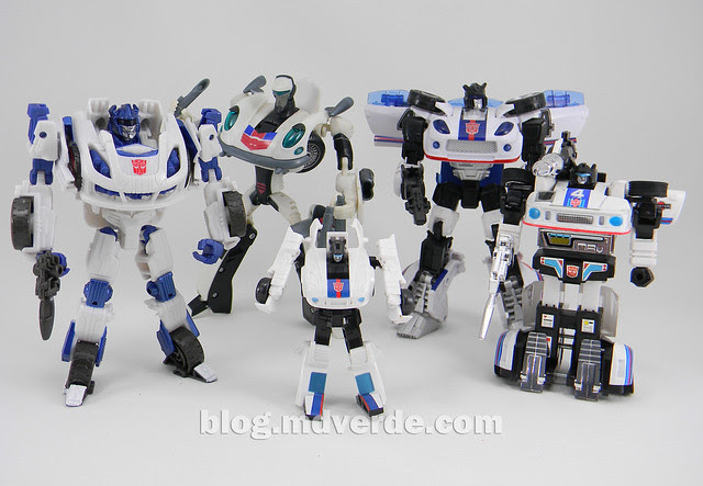 Transformers Jazz Deluxe - Generations FoC - modo robot vs otros Jazz