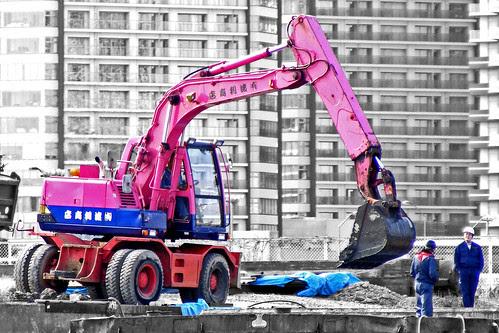 Flickr: St Stev - Pink Digger