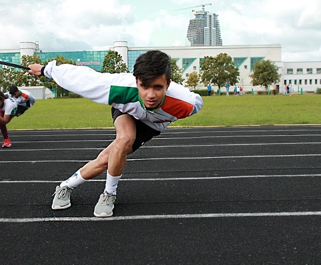 Rising Above Marks, This Kashmiri Boy is Creating His Own Milestones